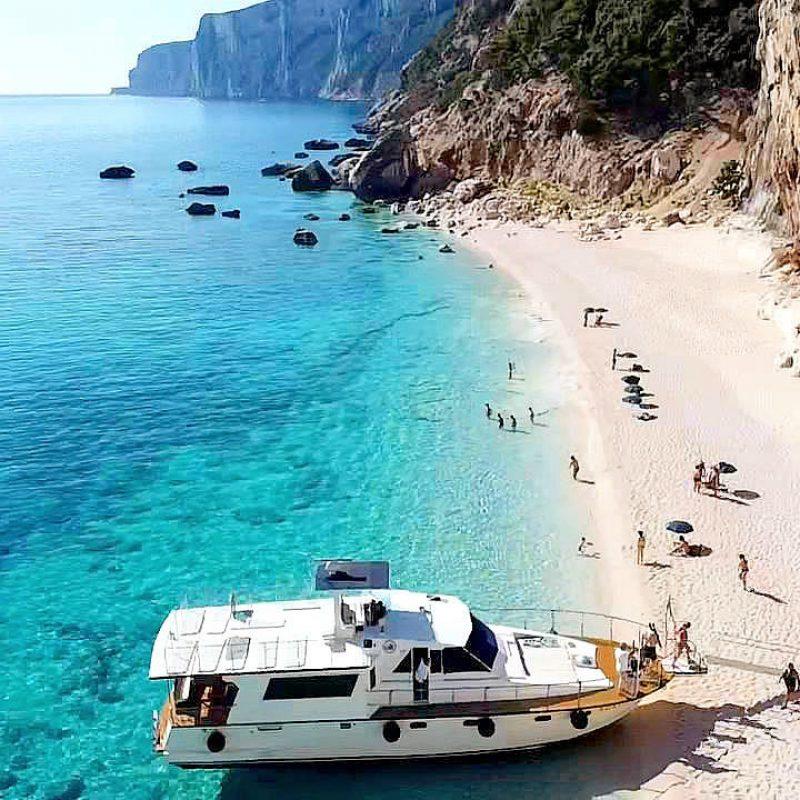 ostello-bellavista-santa-maria-navarrese-ogliastra-sardegna-escursioni-in-barca2